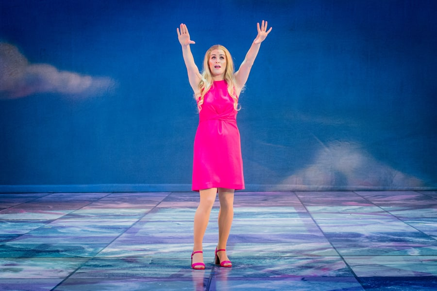 First Look Legally Blonde Uk Tour Starring Lucie Jones