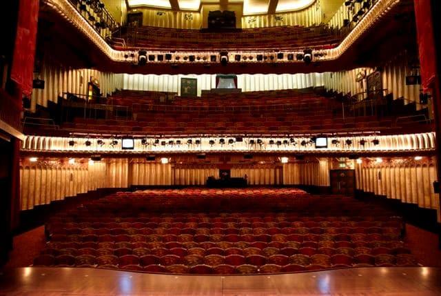 savoy-theatre 2