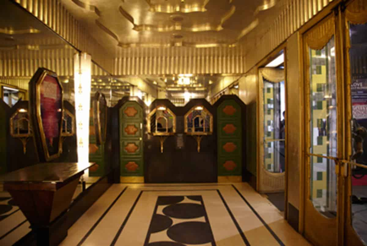 savoy-theatre foyer