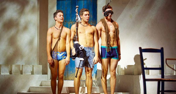 1James-Evans-as-Eddie-with-the-cast-of-the-West-End-production-of-MAMMA-MIA!-Credit—Brinkhoff-&-Mîgenburg