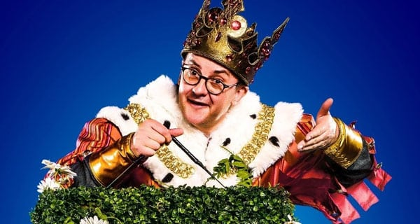 Joe Pasquale as King Arthur in the UK Tour of Spamalot