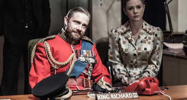 Richard III - Martin Freeman and Lauren O'Neil - Photo Marc Brenner