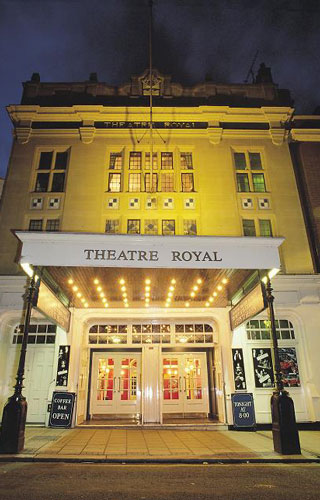 Theatre-Royal-Windsor---exterior