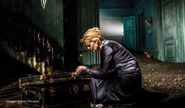 Hamlet starring Benedict Cumberbatch at the Barbican Theatre