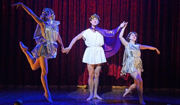 Mrs Henderson Presents Theatre Royal Bath