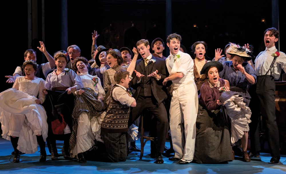 Half A Sixpence extends its run at the Noel Coward Theatre until April 2017