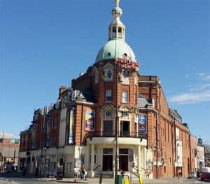 Exterior view of the New Wimbledon Theatre