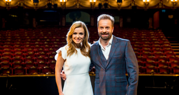 l-r-katherine-jenkins-and-alfie-boe-photo-credit-matt-crockett