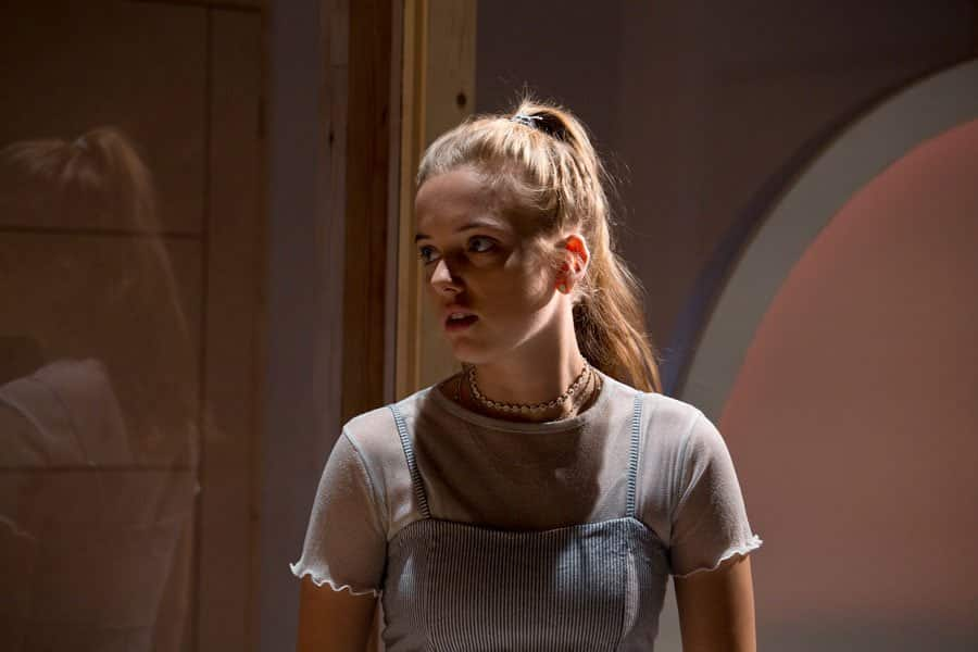 Vivienne Franzmann's play Bodies at Royal Court Theatre