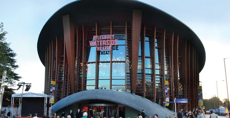Exterior of the Aylesbury Waterside Theatre