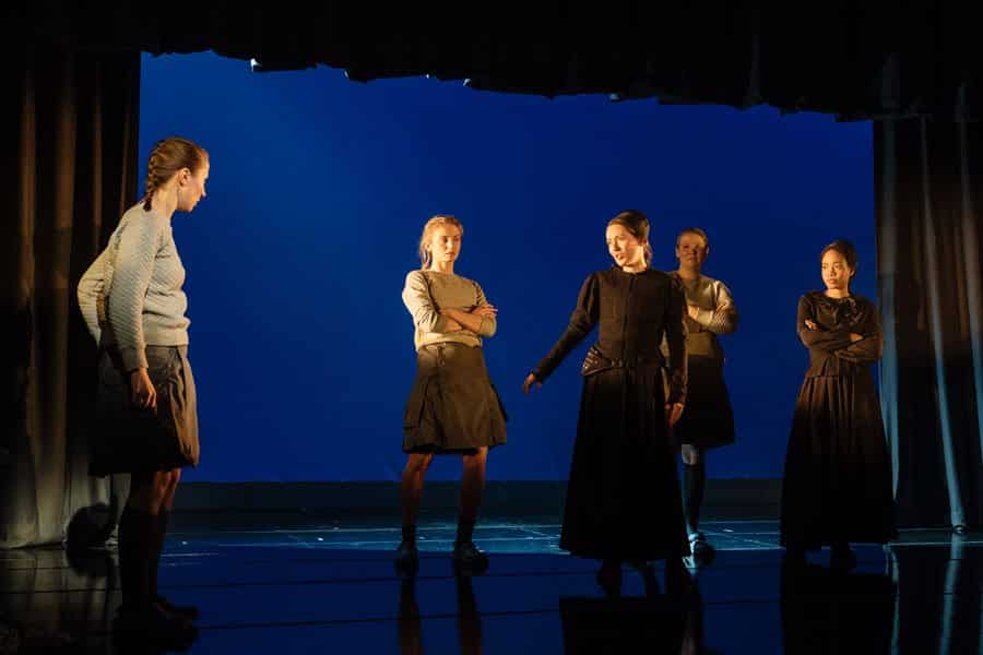 The Divide Review Old Vic Theatre
