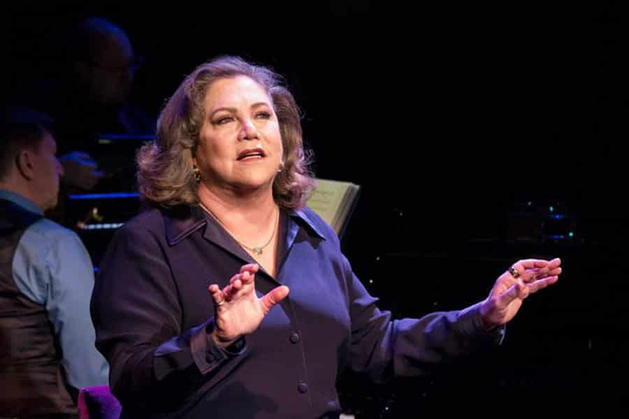 Kathleen Turner Finding My Voice Review