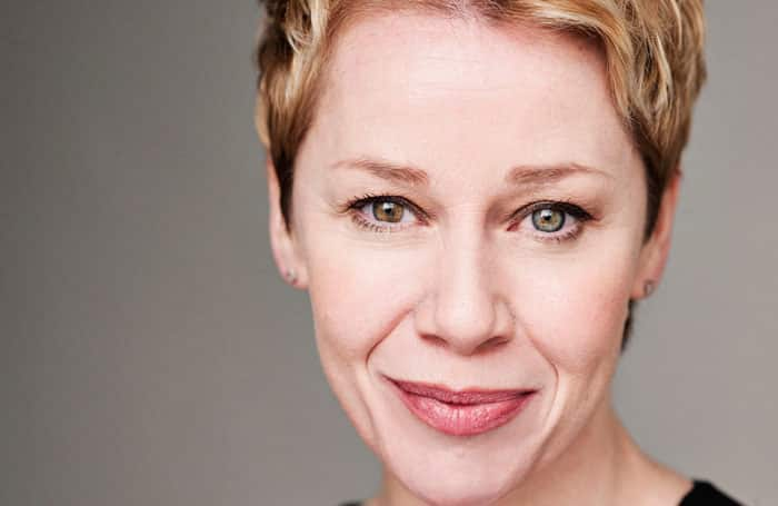 Linzi Hateley to play Mrs Johnston in Blood Brothers UK Tour