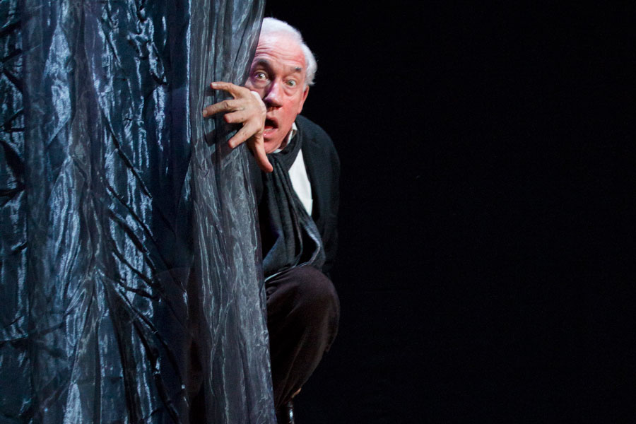 Simon Callow A Christmas Carol review Arts Theatre