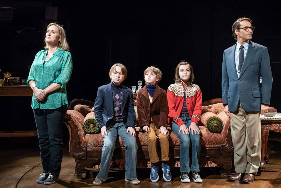 Fun Home Young Vic Theatre