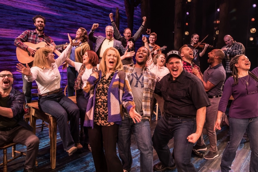 Come From Away musical Phoenix Theatre