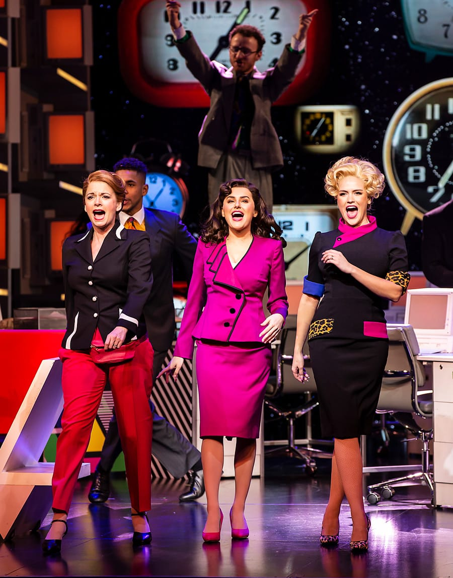 9 to 5 musical Dolly Parton