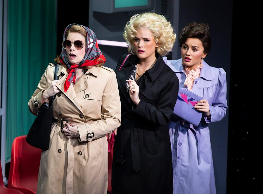 Caroline Sheen, Natalie McQueen and Amber Davies in 9 to 5