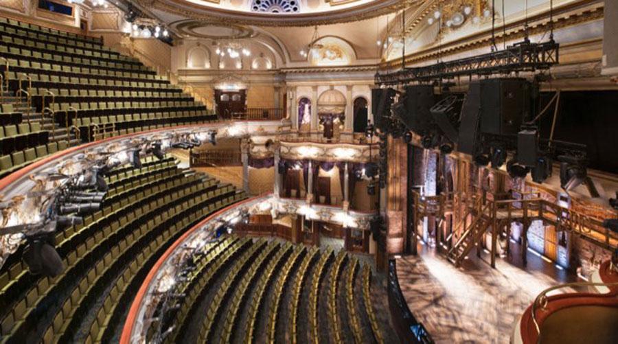 victoria-palace-theatre-interior-auditorium
