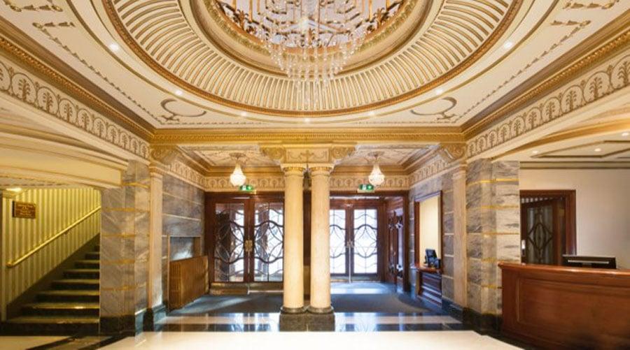 victoria-palace-theatre-london-interior