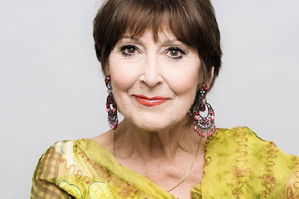 Anita Harris Cabaret UK Tour