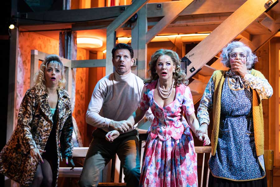 Michael Frayn Noises Off