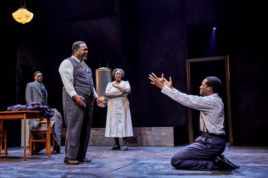 Death Of A Salesman review Piccadilly Theatre