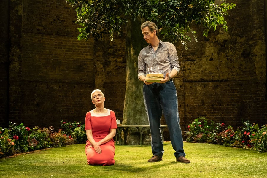 Albion review Almeida Theatre
