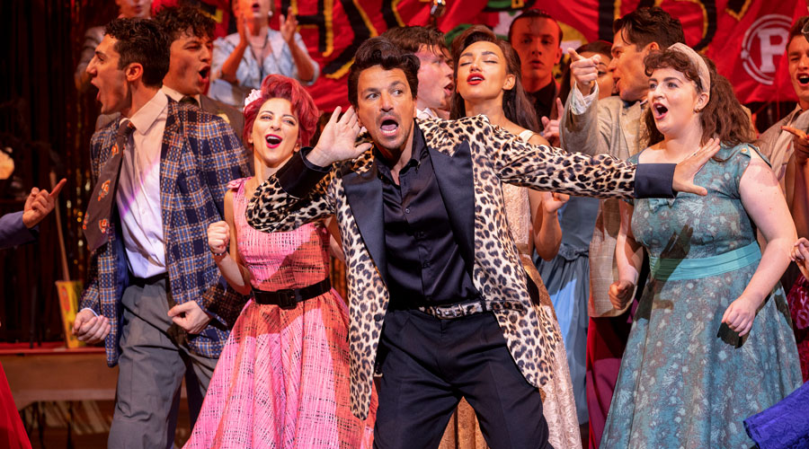 Peter-Andre-(front-centre)-as-Vince-Fontaine-in-Grease,-credit-Sean-Ebsworth-Barnes